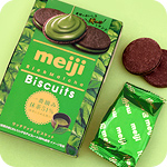 Meiji Rich Matcha Cream 51% Biscuits