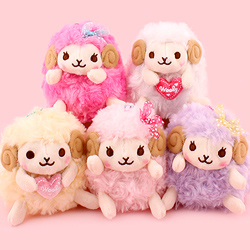 Amuse Heartful Girly Wooly Keychain